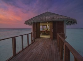 Курортный отель OZEN by Atmosphere at Maadhoo - A Luxury All-Inclusive Resort